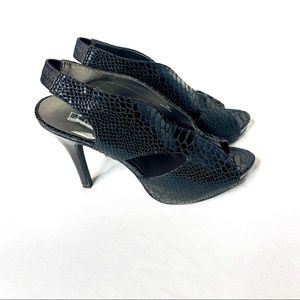 Moda International spana black snake skin heels 9